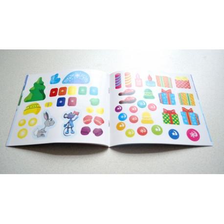 Книжка с наклейками про Новый год для детей 2-4 года в детский сад из набора Play Plan Box